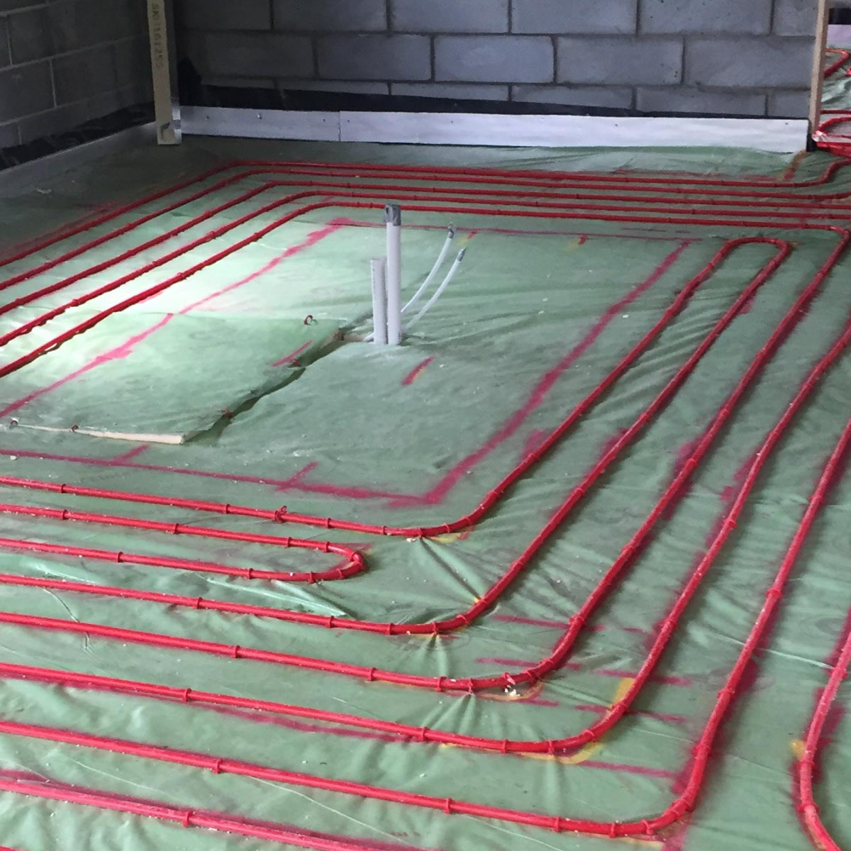 Underfloor Heating screeds – rapid dry floor for self build flooring
